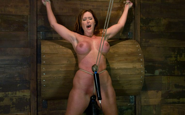 Picture of Christina Carter in bondage and has a crothrope in her pussy