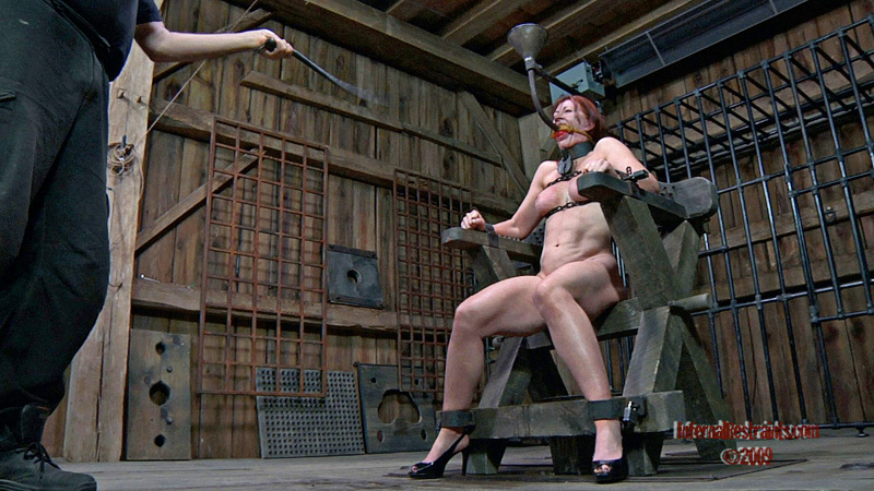 Painful BDSM for MILF slave
