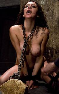 Princess Donna chained to a rock