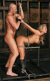 Phoenix Marie fucked in bondage (Sep 2008)