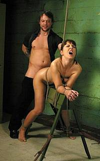 Maria Bellucci in bondage and fucked in her ass. Tied up anal se