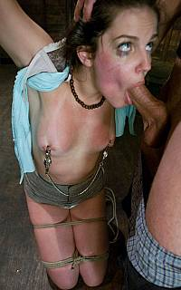 Slave Bobbi Starr sucking cock (Jan 2009)