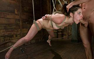 Suspended Bobbi Starr deepthroat (Jan 2009)