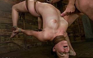Bobbi Starr cumshot (Jan 2009)