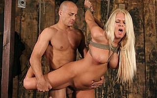 Riley Evans bondage fucking (Jan 2009)
