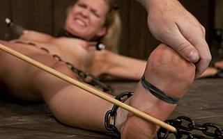 Feet whipping