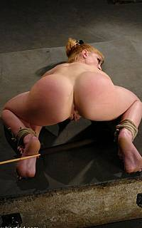 Bastinado punishment for kneeling woman (Oct 2010)