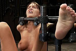 Really intense BDSM torture here