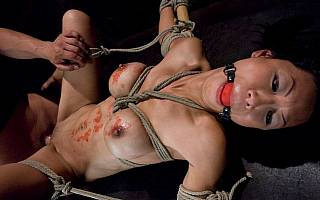 Vaginal sex with tied up asian
