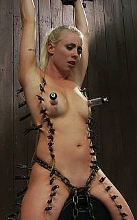 Painful torment for a sexy nude girl (Nov 2011)