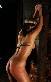 Whipping bondage girl