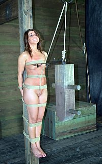 Pole-tied crotch rope torture