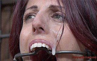 Sexy slavegirl got cum on her face